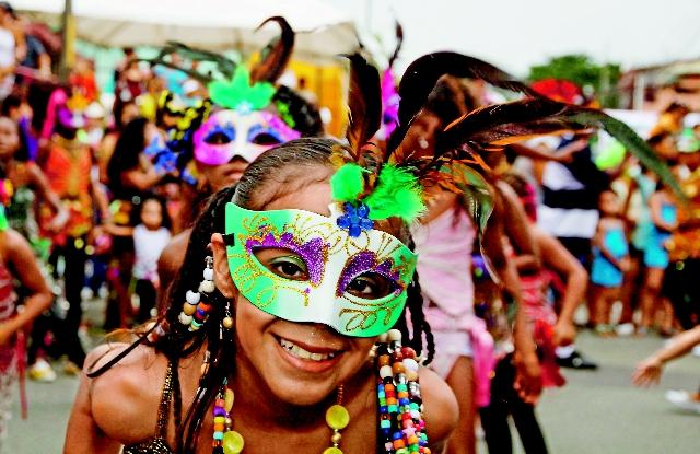 bimba-Carnival-puerto.vierjo.costa.ricajpg