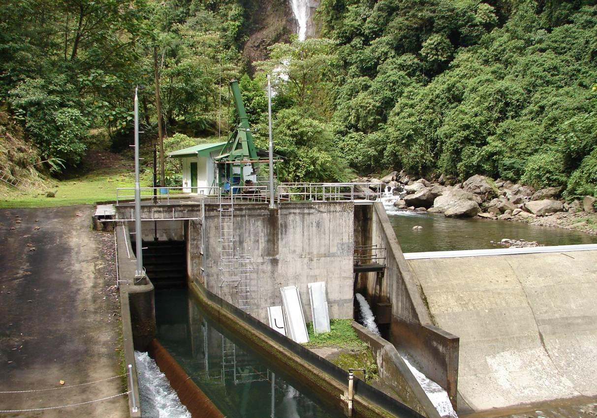 impianto-idroelettrico-CostaRica_Rio_Volcan.