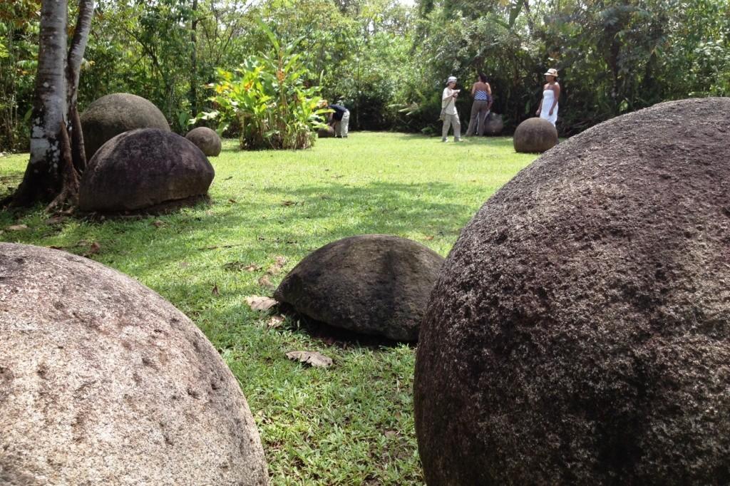 sfere-pietra-costa-rica