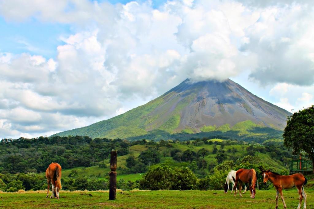 Arenal-vulcano-costa-ricaJPG