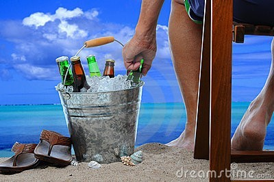 Birra in spiaggia-jpg