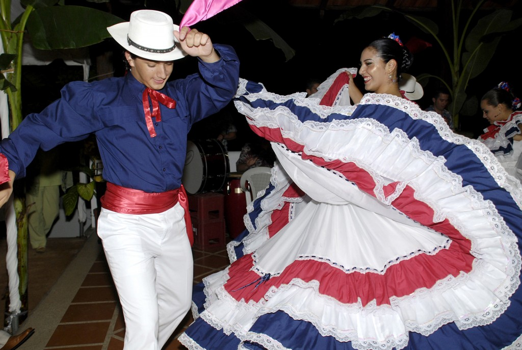 happy-fesitval-danze-costa-rica