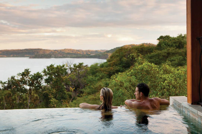 coppia-in-viaggio-nozze-costa-rica