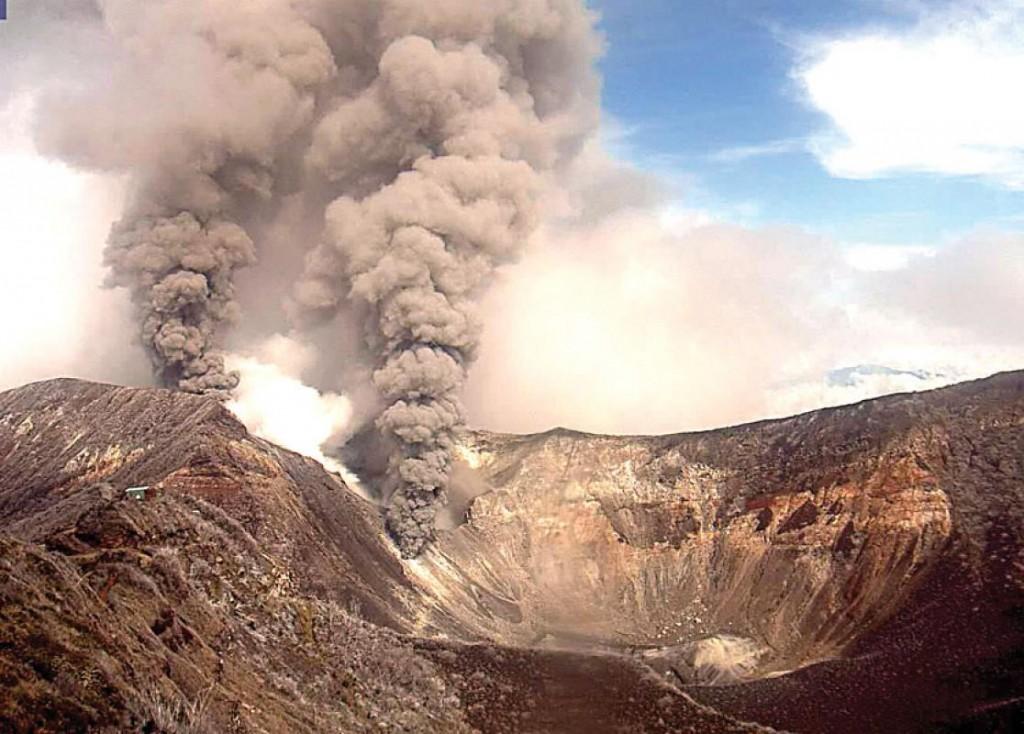 vulcano-turrialba-costa-ricajpg