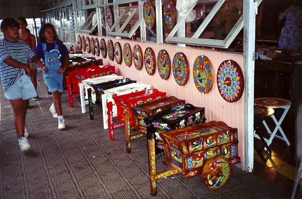 costa- rica-souvenir-carretti-tipici